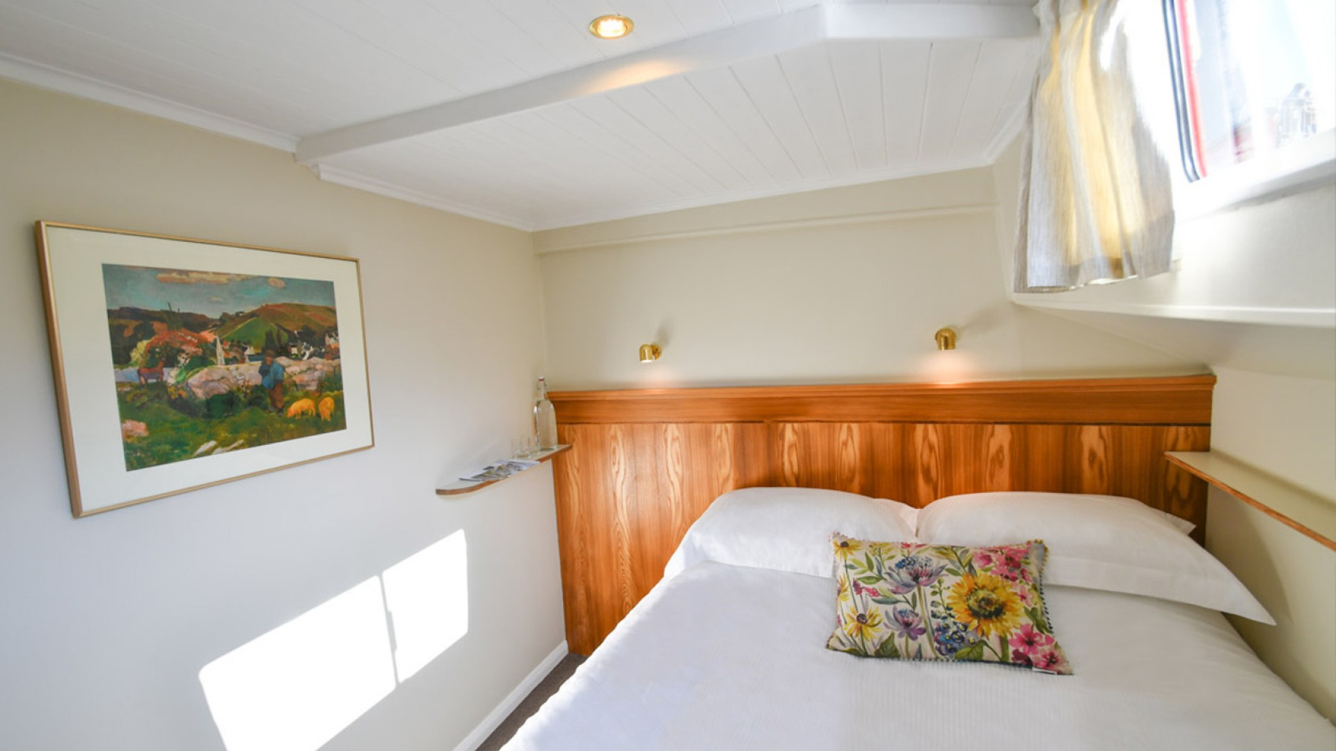 hotel barge cabin