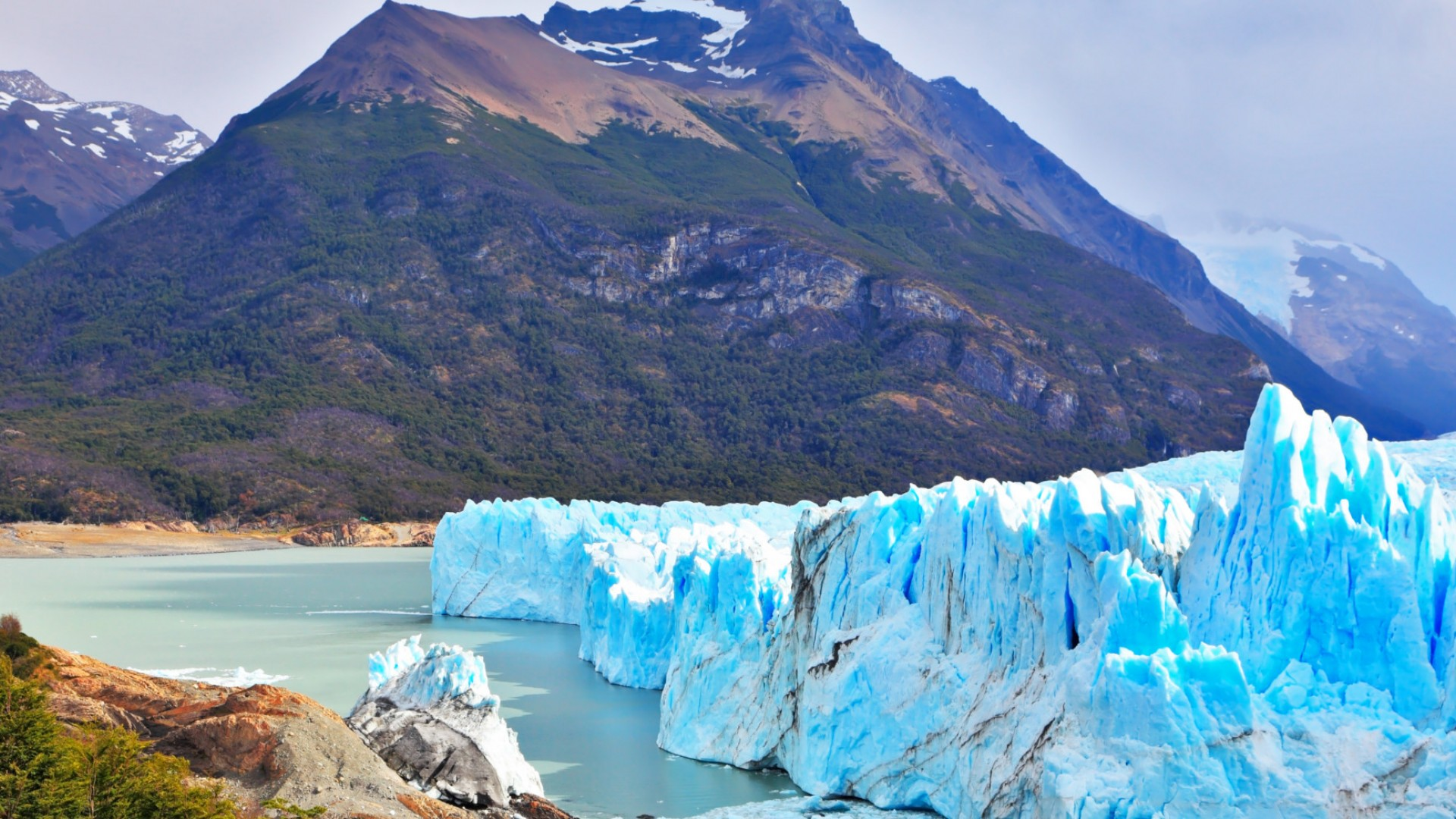 ice bergs on lake in Patagonia