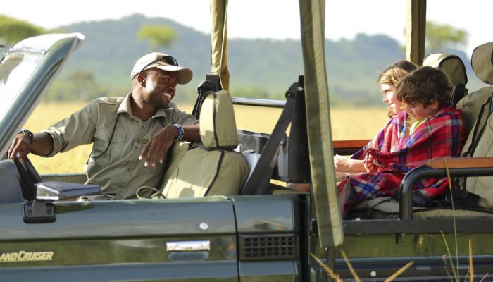 safari vehicle in africa